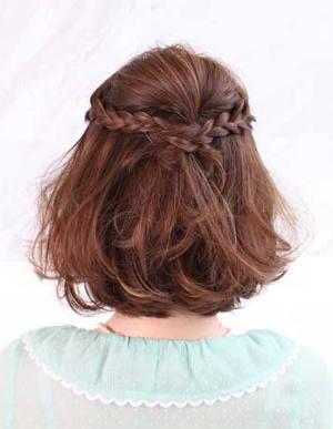 結婚式 髪型 ミディアム 編み込み 自分で
