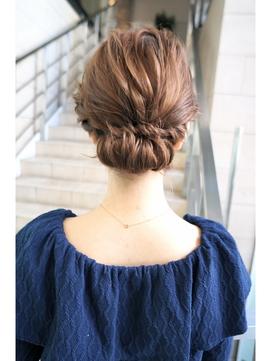 ・結婚式 髪型 ミディアム 編み込み 自分で