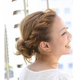 結婚式 ゲスト 髪型 ミディアム アップ
