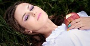 女性でヒゲが生える 原因 処理方法
